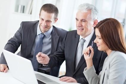 Umowa pożyczki przez Internet – na co zwrócić uwagę