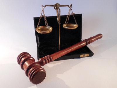 Parabanki i regulacje prawne