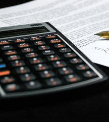 Kalkulator na umowie podpisanej